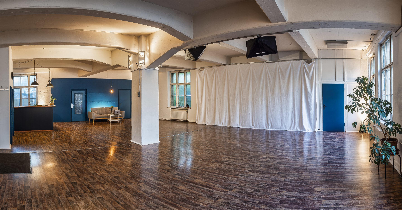 Überblick in der Etage Leipzig - der 140m² Workshop Raum im Leipziger Westen